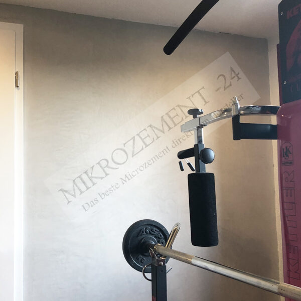 Mikrozement-24.de_F-FLOOR_F-WALL_Bad Boden Wand_Fittnesstudio_1